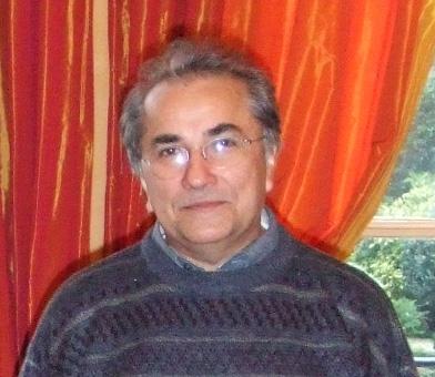 Editor Plinio Martins aconselha novos editores