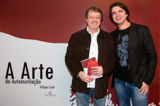 Felipe Lion com o produtor musical Luiz Carlos Maluly